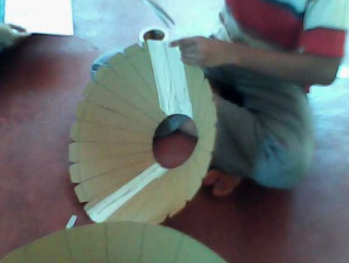 Making a solar cooker